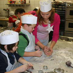 Baking for kids at Salzburg Mountain Advent in Grossarl