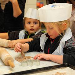 Kinder-Keksbackstube beim Salzburger Bergadvent