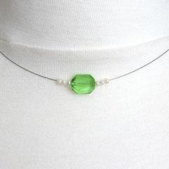 Collier mit grüntransparenter Perle & Süßwasserperlen (Ansicht 1)