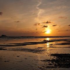 Sonnenuntergang am Strand von Nebel