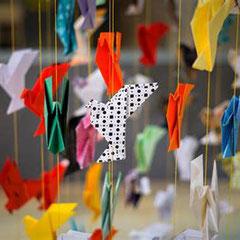 a vos petits papiers, nous attendons vos origamis !
