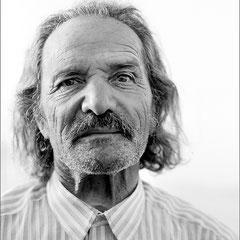 Editorial-Portrait (Nikos Chartofylis, Dichter)