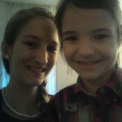 Anastasia (meine größte, kleine Schwester) mit mir♥