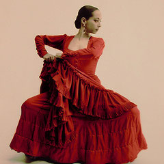 Flamenco dancer Belén Maya, Studio portrait 1996 © courtesy and image by Gilles Larrain