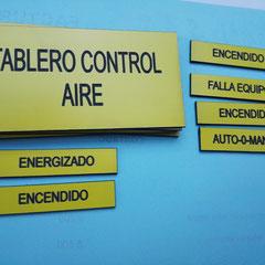 Avisos en acrilico para tableros autoadhesivas