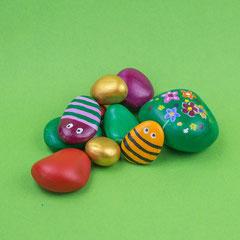 Bemalte Steine für den Kindergeburtstag