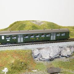 Liliput 876 50 SBB-Personenwagen B, grün, 2. Klasse