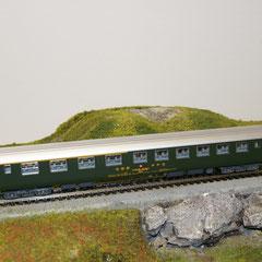 5739 SBB RIC Personenwagen ABm grün 1./2. Klasse mit neuer Beschriftung