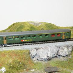 41312 Roco SBB Personenwagen EW II 1./2.Kl grün neue Symbol (aus Set)