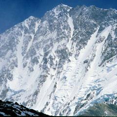Ansicht der Shisha Pangma Südwand