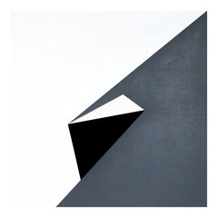 Dormitory 02, Olieverf op berken multiplex 44x44x3 cm (2018)