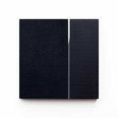 Colonnade #19,  Olieverf op berken multiplex 26x26x3,6 cm (2020)