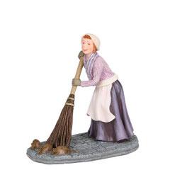 601522-Stephanie Felbach cleaning street