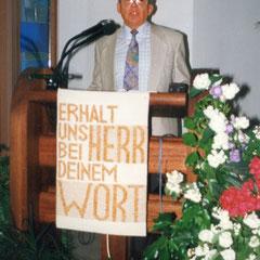 Prediger Otto Goy wird verabschiedet