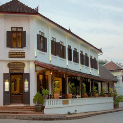 Laos, Luang Prabang: Saynamkhan Riverview hotel on Kingkitsarath street