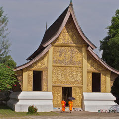 Laos, Luang Prabang, chapel of the funeral chariot at Wat Xieng Thong
