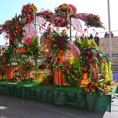 Karneval in Nizza ,Festwagen Blumenkorso Frankreich Cote DÀzur