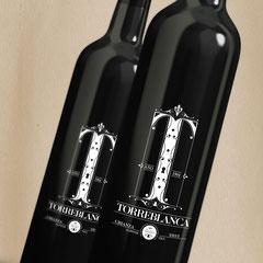 Etiquetas de vino personalizado para Bodegas Tuelda