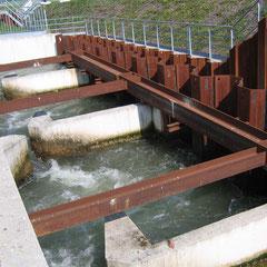 Teile der Fischtreppe Staustufe Gambsheim/Rheinau