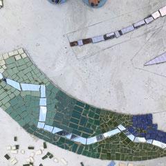 Boden-Mosaik mit Fliesen und Spiegel