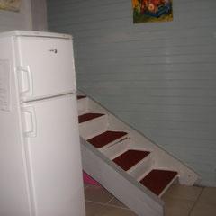 Escalier donnant sur les chambres