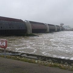 """Das Eidersperrwerk ☆ 8. Dezember 2013  ☆ drei Tage nach dem Orkan """" Xaver"""""""