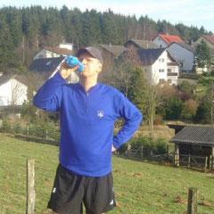 Oberhalb der Pension in Paderborn, nach einem gemeinsamen Trainingslauf