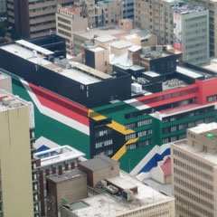 Haus in den Farben Südafrikas