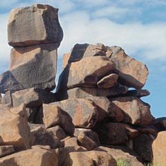 wir hat die Steine da aufgetischt?