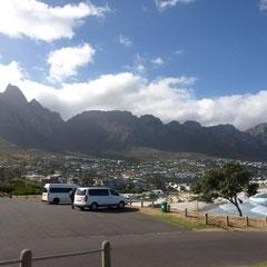 hinter dem Tafelberg sind beliebte Wohnquartiere