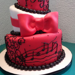 pastel fondant xv años turvy cake pastel chueco musica saxofon