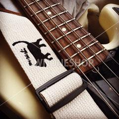 ギターストラップ 名入れ 刺繍