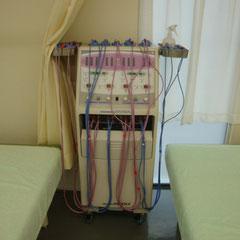 セダンテミリア 2台 中周波を干渉させ腰、肩など幅広く治療する干渉波。