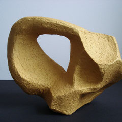 Curve Tonskulptur Frontalansicht, 20,5cm x 16,5cm