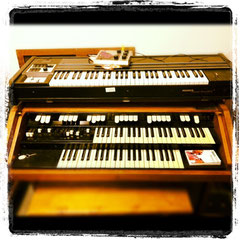 Hammond M100 - Clavinet Pianet Duo