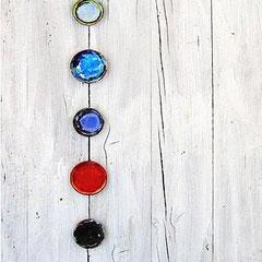 """""""recycling (colours)"""" tappi di barattolo di colori acrilici su asse recuperata cm100x50"""