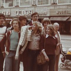 zweiter von links: Stefan Künkele; in der Mitte hinten mit Brille: Frank Allar