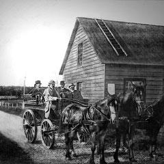 Arrivée à la conciergerie du Château, à leur retour de la baie Ste-Claire, les Juges du Mérite agricole conduits par M. le Gouverneur Georges Martin-Zédé, Vue du magnifique chemin gravelé qui mène à la baie Ste-Claire (1908)