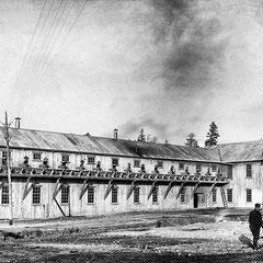Moulin des écorceurs, baie Ellis, 1910