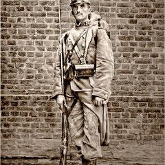 Fernand Le Bailly (1880-1918). Arrivé sur l'île Anticosti en 1896. Décédé sur le champ de bataille. Il a marié Simone Lavigne, petite-fille d'Oscar Comettant. Fille de Blanche Comettant .