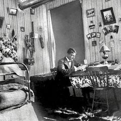 Fernand Le Bailly (1880-1918). Arrivé sur l'île Anticosti en 1896                                                                                                            http://36ri.blogspot.com/2007/11/de-lopale-au-fusil.html