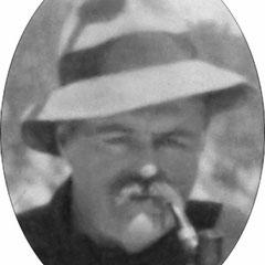 L'honorable Édouard Burroughs Garneau (1859-1911) au pool Grey de la rivière Jupiter en 1909. Il était accompagné de son guide Bernard Lejeune. Nommé conseiller législatif de la division de La Durantaye en 1904.