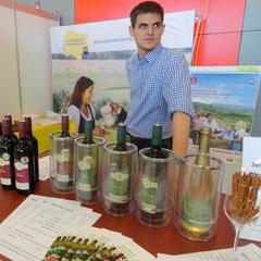 Andreas Kügerl auf der Weinmesse Inerargar in Wieselburg.