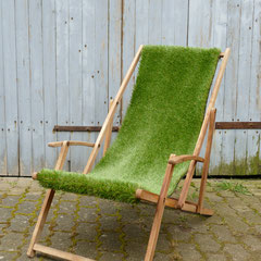 Sonnenliege - recycelter Holzklappliegestuhl (Foto Karola Rinke)