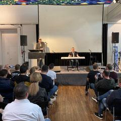 Chris Hülsbeck und Patrick Nevian. Sonderfolge #14 des Männerquatsch Podcast mit Berichten und Interviews von der Amiga 34 in Neuss