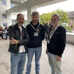 Peter Thierolf, Teut Weidemann und Bernd Lehahn von Egosoft. Sonderfolge #14 des Männerquatsch Podcast mit Berichten und Interviews von der Amiga 34 in Neuss