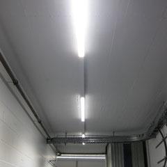 LED-Lichteinsätze im Austausch gegen Leuchtstoffröhren