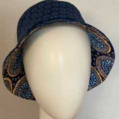 LANNION : Bob en toile de coton bleue, doublure toile de coton bleue à motifs circulaires