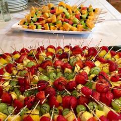 Herrlich frische Obstspieße
