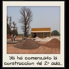 Ya ha comenzado la construcción del segundo aula...